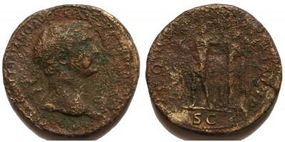 Római Birodalom Traianus 98-117 sestertius Victoria és a császár