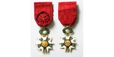 Francia Becsületrend tisztikeresztje (18K arany)