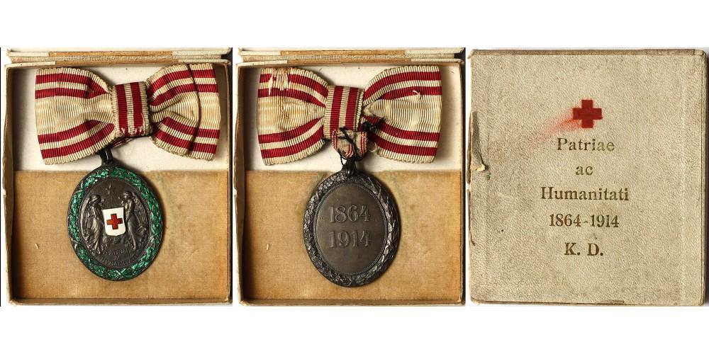 Vöröskereszt Ezüst Díszérem hadidíszítménnyel női szalagon, dobozában