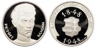 Petőfi Sándor ezüst emlékérem.