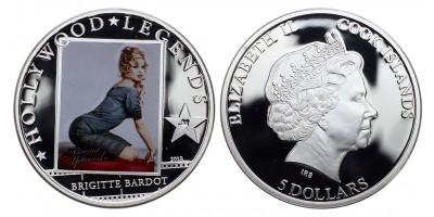 Cook-szigetek  5 dollar 2013 PP Brigitte Bardot