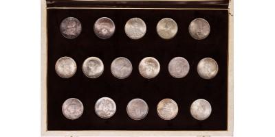 Vatikán ezüst 500 lira UNC 16db, bársony dísztokban.