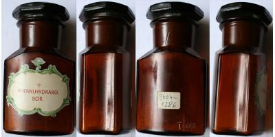 Régi gyógyszeres patika üveg