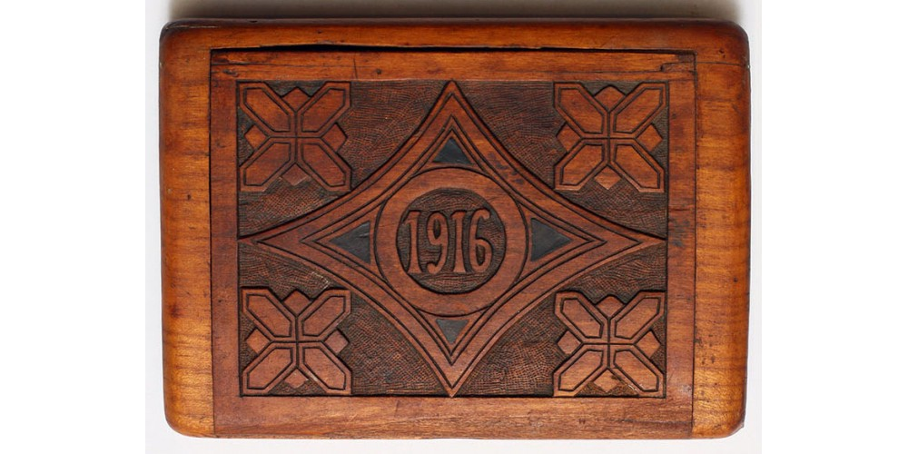 "I. Vh. hadifogoly munka cigarettás doboz ""Ostffyasszonyfa 1916"""
